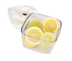 Cytryny w pojemniku próżniowym