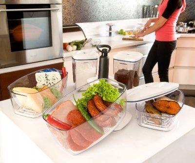 Zastosowanie pojemników próżniowych w kuchni